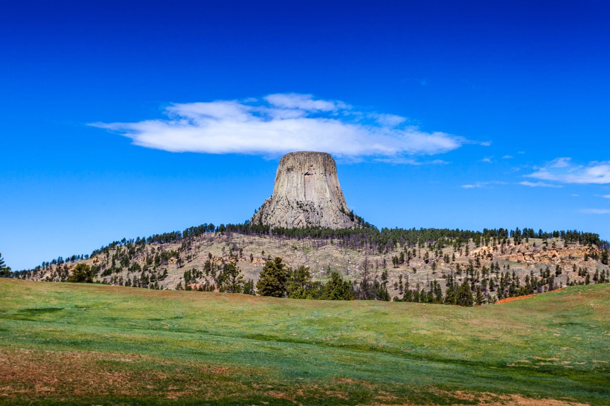 Devils-Tower-Wyoming-USA-9