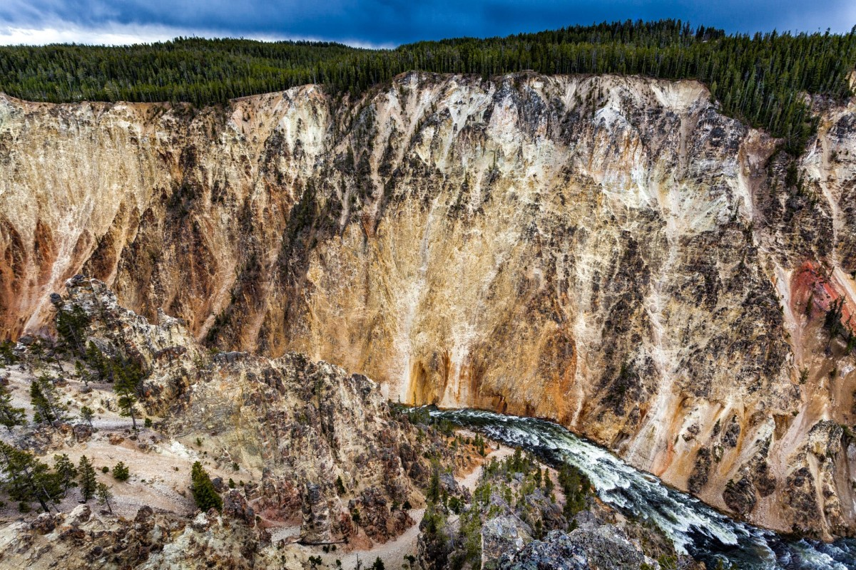 Yellowstone-Nationalpark-Wyoming-USA-19