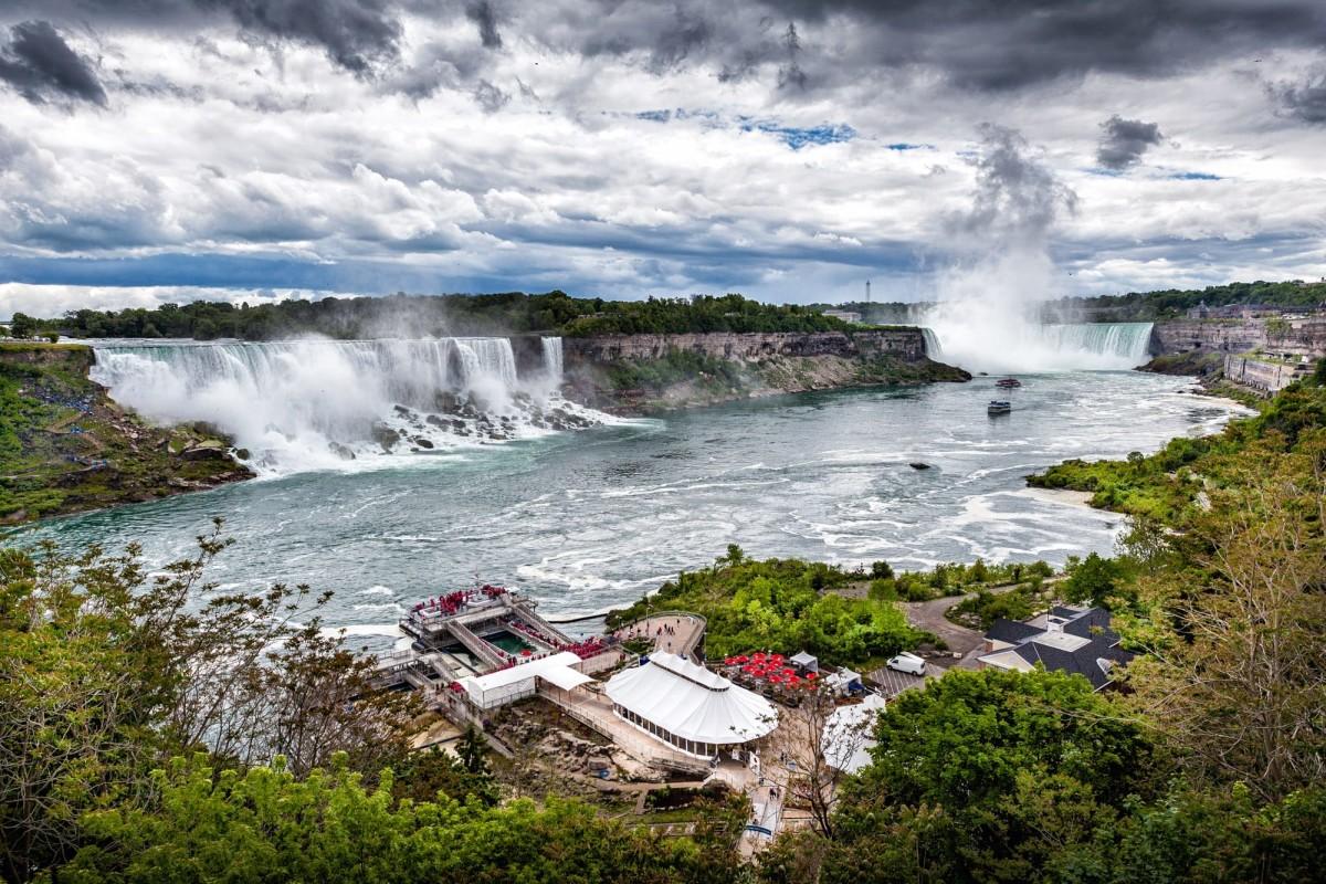 niagara-falls-ontario-kanada-1