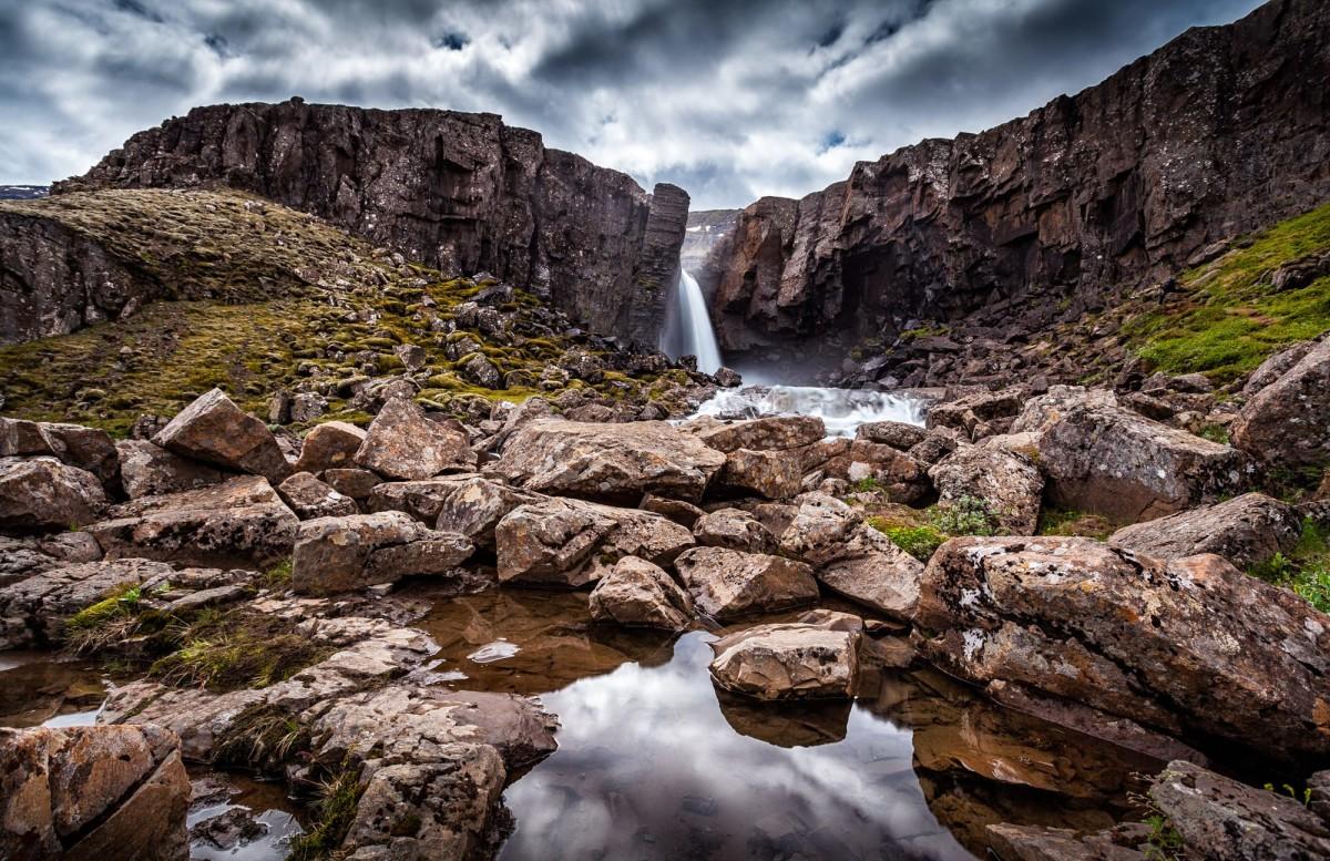 island-folaldafoss-wasserfall-1