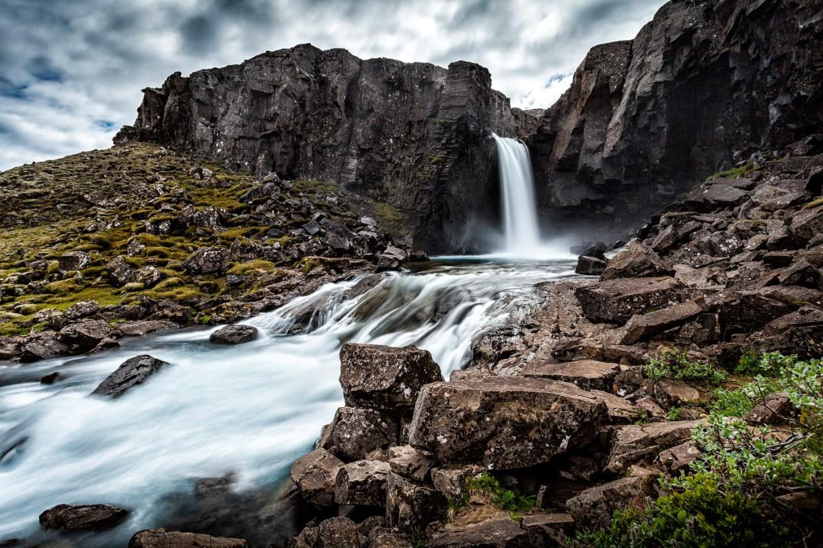 island-folaldafoss-wasserfall-2